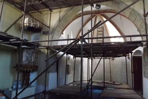 Malování kostela